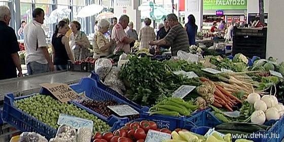 kereskedelmi piacok hírei)