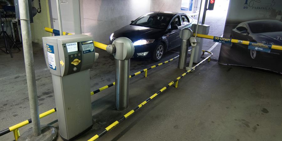 Hat év után emelkedhet a parkolás díja a debreceni mélygarázsokban