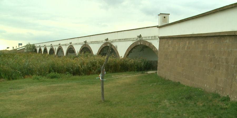 Ismerik a hortobágyi Kilenclyukú híd legendáját? – videóval